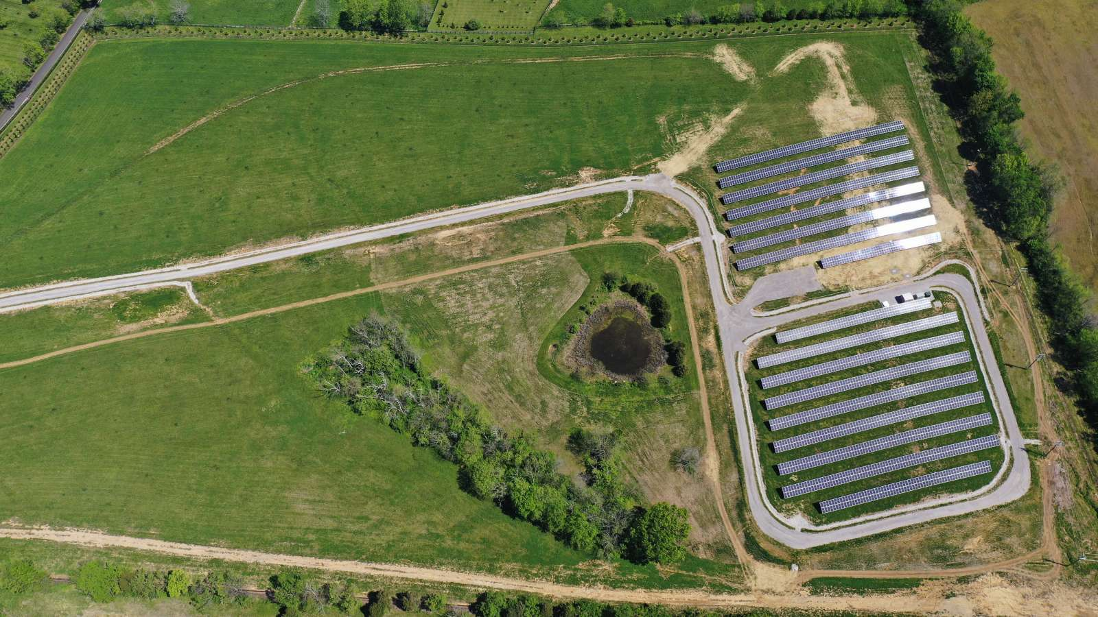 aerial view of the LG&E and KU solar share sections